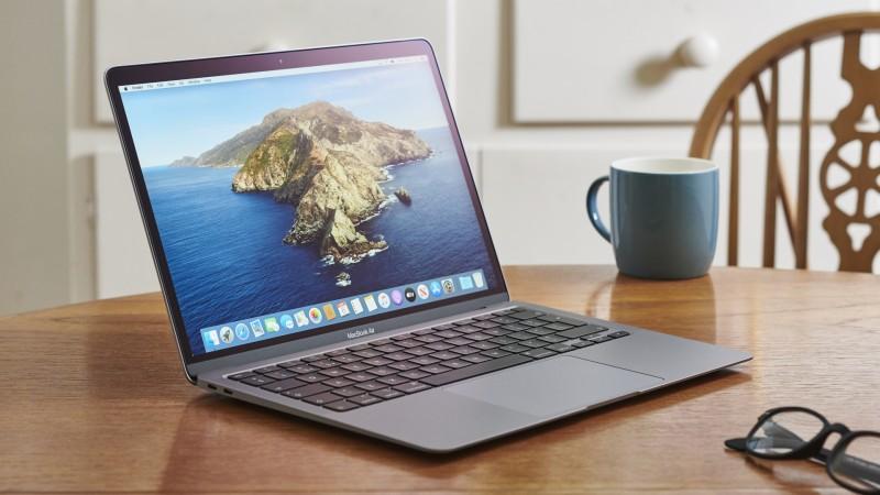 5 Alasan Anda Wajib Memilih MacBook Air
